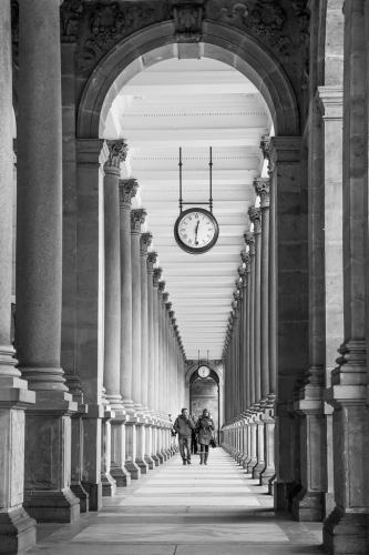 Διασχίζοντας τις γραμμές του χρόνου / Crossing the lines of time