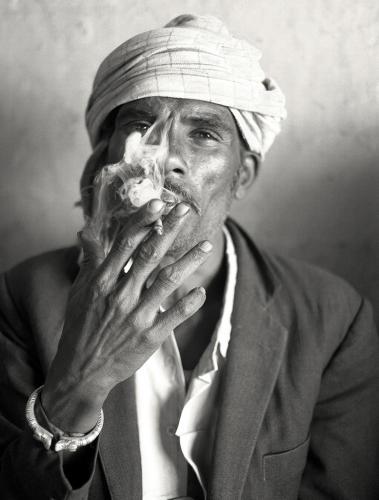 Ιερός καπνός - Ρατζαστάν /  Holy Smoke - Rajasthan