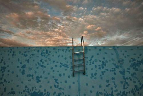 Πισίνα στο άπειρο / Infinity pool