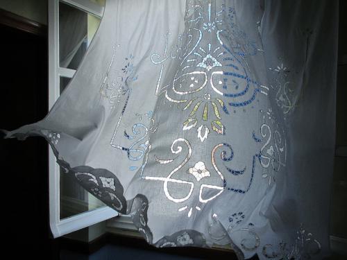 Ο άνεμος στη δαντέλα / Lace under the wind