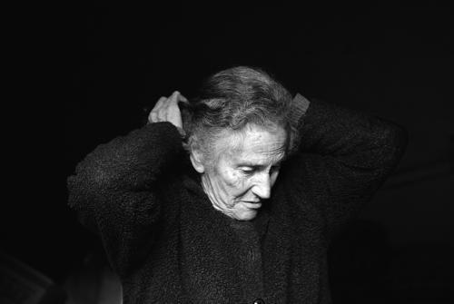 Μαρία - Υφάντρια - Πάρος / Maria - Weaver - Paros