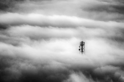 Πάνω από τα σύννεφα / Over the clouds