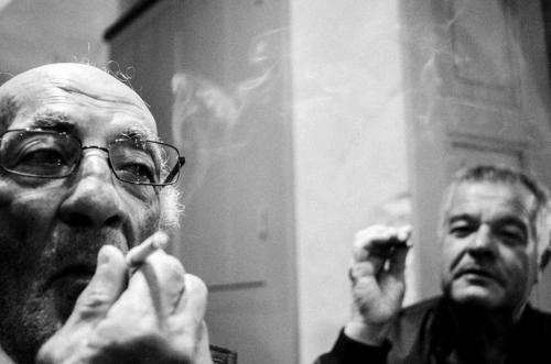 Οι καπνίζοντες / Smokers