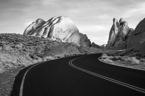 """Κοιλάδα της φωτιάς, Νεβάδα (Υπέρυθρη φωτογραφία) """"Valley of Fire, Nevada"""" (infrared photo)"""